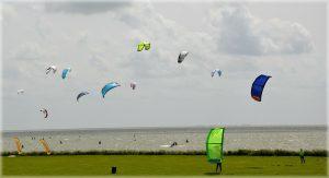 Amstelmeer surfer julianadorp aan zee